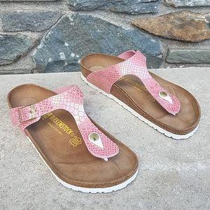 Birkenstock gizeh metallic snake thong sandals
